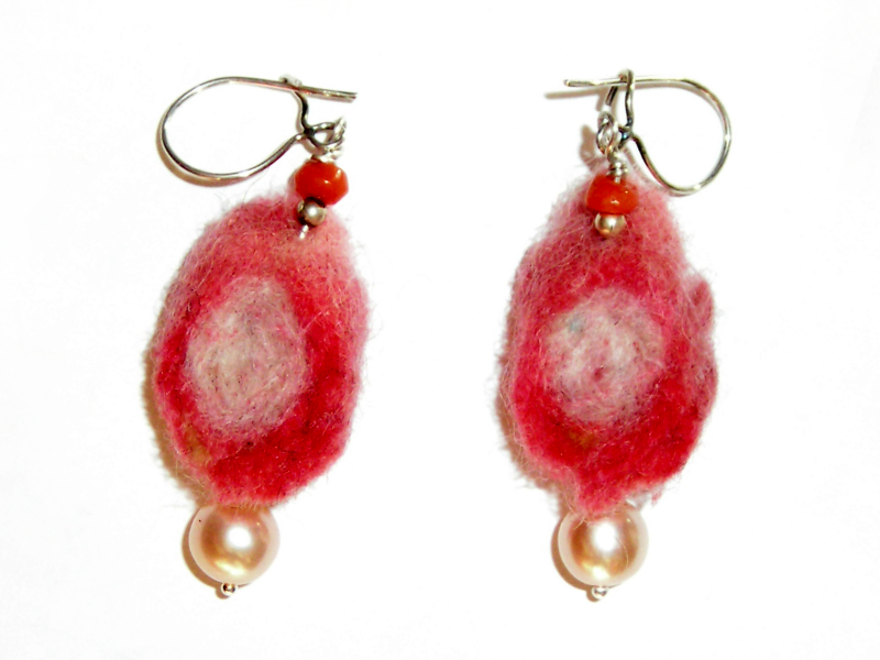felt-drop-earrings