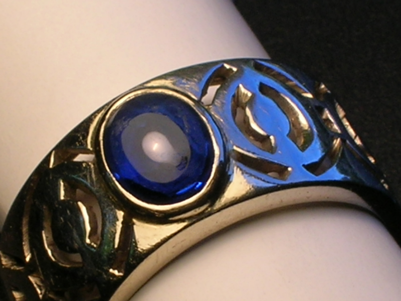 pierced-band-blue-spinal