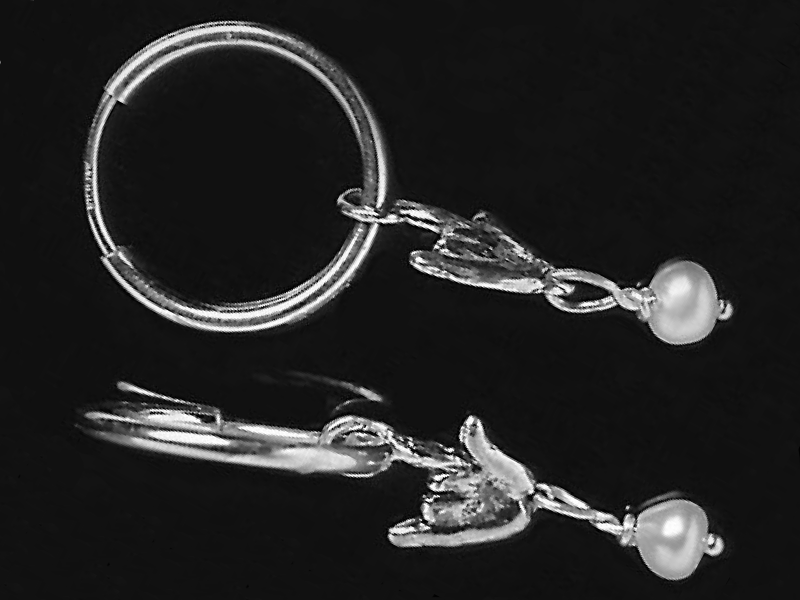 wht_pearl_hoop_earrings
